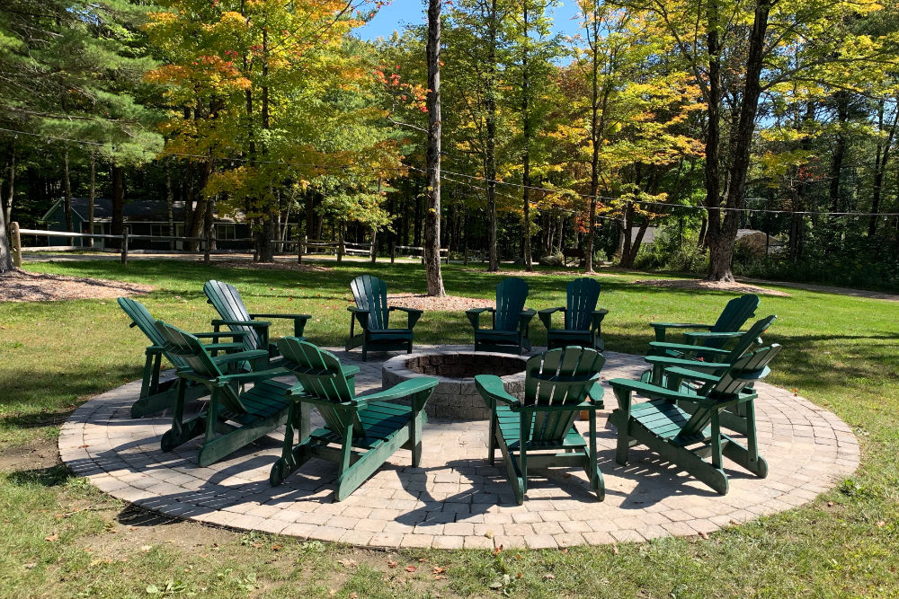 new-england-heights-firepit-03